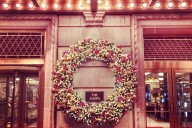 plaza_wreath